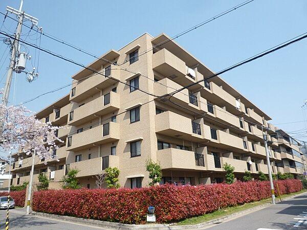 兵庫県西宮市甲子園四番町の賃貸マンションの画像