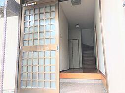 明るい玄関があなたの帰りを迎えてくれます
