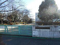 小山田中学校 1090m