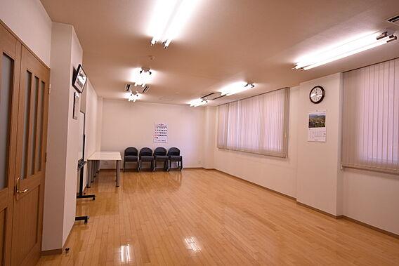 集会室1階 コ...