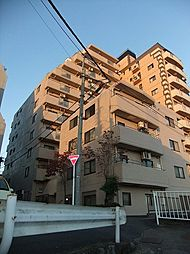 東京都青梅市住江町の賃貸マンションの外観