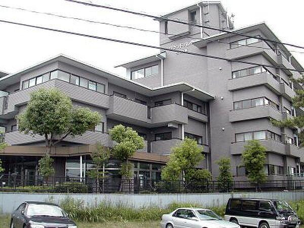 グランドパレス学園前D[2階]の外観