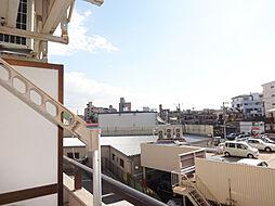 トーカン東淀川キャステールの角部屋なので風通しも良く気持ち良いですよ