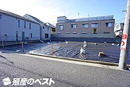 小田急線「豪徳寺」駅より徒歩約8分と通勤・通学に便利な立地です。
