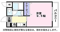ヴァヤーシェ[3階]の間取り