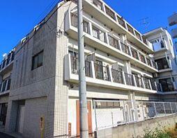 東京都新宿区西落合4丁目の賃貸マンションの外観