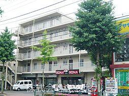 東京都福生市加美平3丁目の賃貸マンションの外観