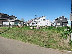 竹園3丁目隣接のつくば市倉掛、10年特例用地。有効宅地260.62平米、設備引き込み用地22.94平米。学校へもアクセス良好、閑静なエリアです。