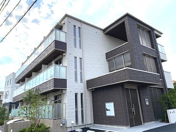 楽山荘[1階]の外観