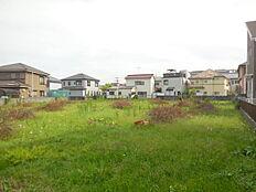 全10区画の分譲地内。敷地面積広々37坪以上、建築条件付き売地。