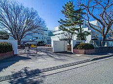 中学校立川市立第七中学校まで624m