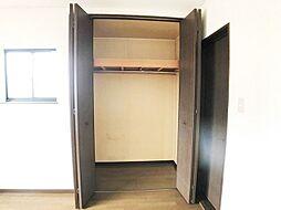 大容量のCL付。衣類などをたくさん収納できますね。
