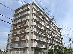 埼玉県鴻巣市箕田の賃貸マンションの外観