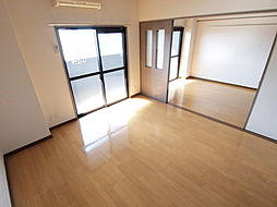 ロイヤルセンターBLD[602号室]の外観