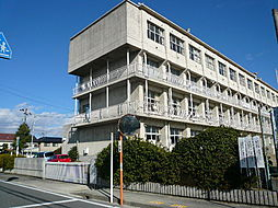 甚目寺西小学校 校訓 「明るく やりぬく たくましい子」 徒歩 約9分(約680m)