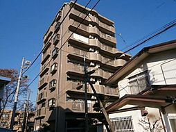 東京都世田谷区南烏山6の賃貸マンションの外観