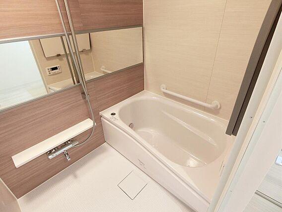 浴室にはシャン...