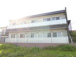 神奈川県藤沢市亀井野の賃貸アパートの外観