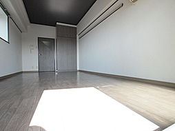ロイヤルトレンディ[1202号室]の外観