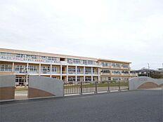 日立市立坂本小学校(535m)
