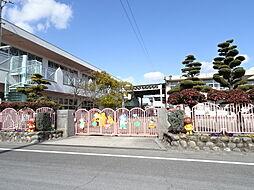 天王幼稚園 こどもは夢のクリエーター。ひとみに宿る輝きを育みます。音感指導、言語指導、英語指導、漢字指導、水泳指導があり、多彩なカリキュラムを日課にする事によって「集… 徒歩 約13分(約1000m)