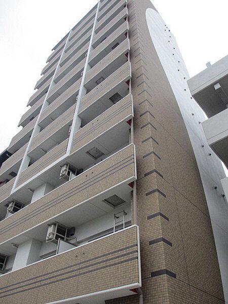 アドバンス三宮ラシュレ[3階]の外観