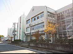 つくば市立桜中学校(1337m)