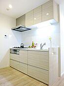 仕様イメージ  使い勝手の良い最新設備のシステムキッチンです。食洗機付で洗い物もラクチン