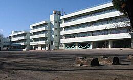 西東京市立田無第一中学校まで690m、西東京市立田無第一中学校まで徒歩約7分。
