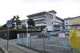 日立市立塙山小学校(1096m)