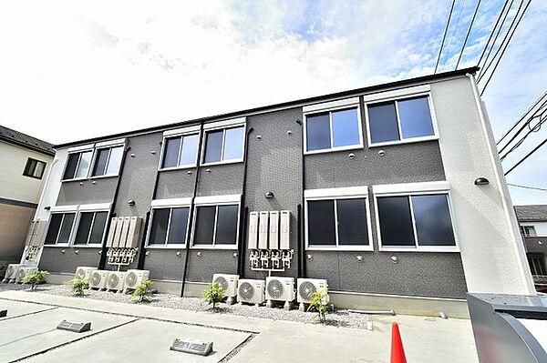 東京都日野市南平1丁目の賃貸アパートの外観