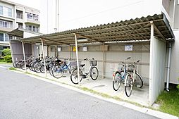自転車置場 使用料200円/月、バイク置場 使用料400円/月