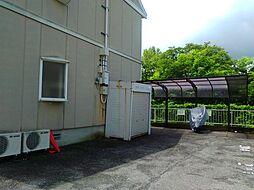 滋賀県東近江市聖徳町の賃貸アパートの外観