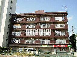ファミール中央[3階]の外観