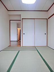 学園サンパールの参考写真 明るい和室です。