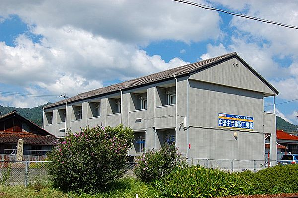 レグランスSHIMIZU 2階の賃貸【山口県 / 山口市】