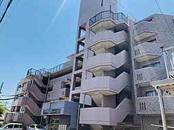 六階建ての三階部分です