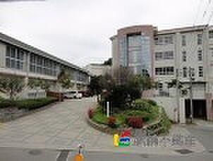 良山中学校