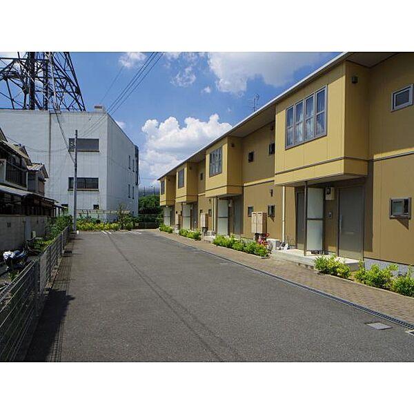 奈良県大和郡山市池沢町の賃貸アパートの外観