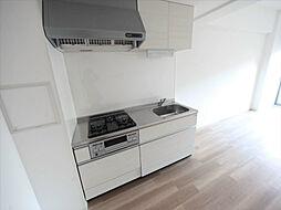 トンシェトアのシステムキッチン(ガス3口グリル)家具家電ご用意できます