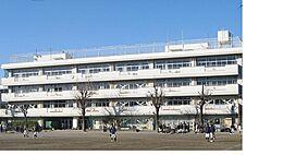西東京市立田無第四中学校まで860m、西東京市立田無第四中学校まで徒歩約11分。