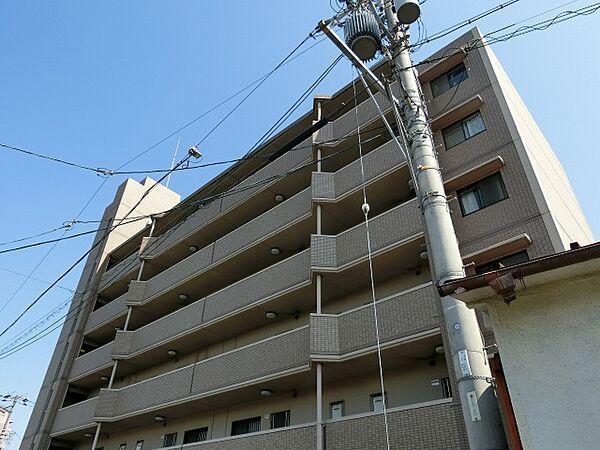 アビタシオン岸田[2階]の外観