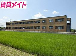 三重県松阪市久米町の賃貸アパートの外観