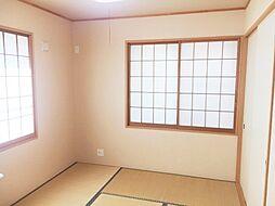 LDKと隣接した和室は人気の間取です。