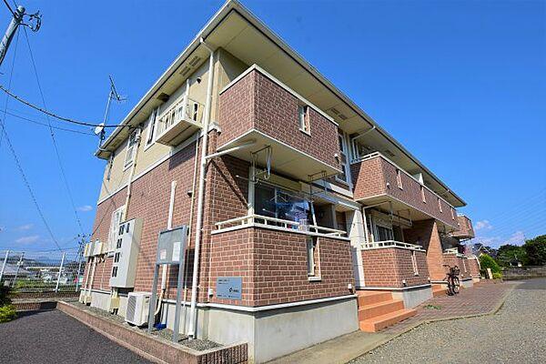 神奈川県伊勢原市池端の賃貸アパート