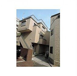 東京都港区元麻布3丁目の賃貸アパートの外観