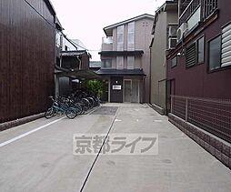 京都府京都市中京区小川通二条下る古城町の賃貸マンションの外観