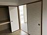 【洋室6.0畳】洋室の引き戸を開ければ広々としたLDにもご使用いただけます。,3LDK,面積60.27m2,価格980万円,新京成電鉄 みのり台駅 徒歩8分,,千葉県松戸市稔台7丁目