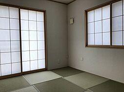 琉球畳仕様の和室です