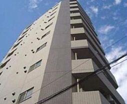 東京都新宿区四谷本塩町の賃貸マンションの外観